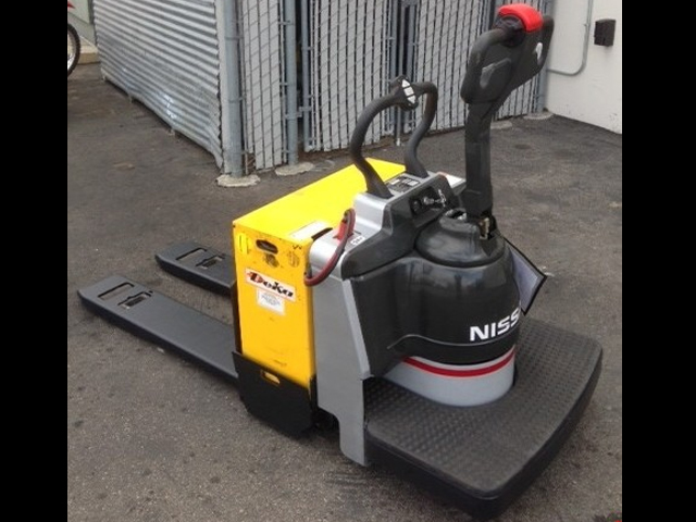 Used Nissan Electric Walkie Pallet Truck