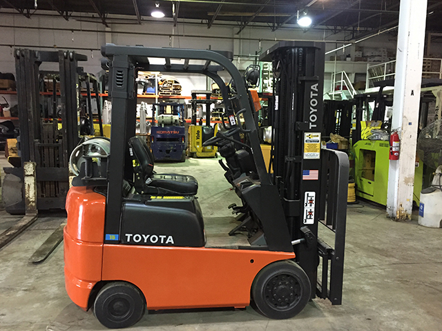 Kmh Systems Forklift Sales Amp Lift Truck Service Used Amp New Forklifts Of Nissan Tcm Clark